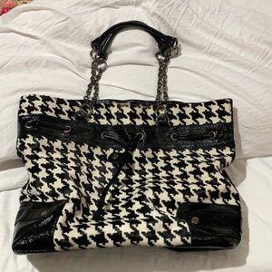 Adrienne Vittadini houndstooth black white fur black patent vintage bag euc